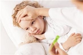 夏天小孩发烧怎么办?