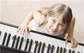 宝宝学钢琴的意义