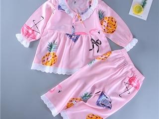 爱亲熊AKISSEDBEAR婴童服装 守护宝宝健康成长