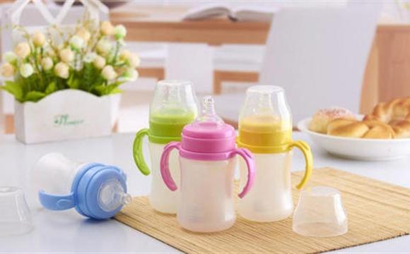 《婴幼儿用奶瓶和奶嘴》强制性国家标准 明确使用安全技术要求